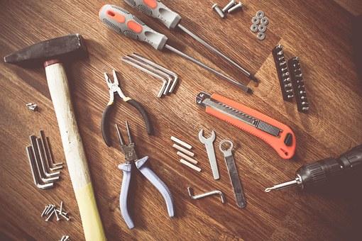 zestaw narzędzi warsztatowych