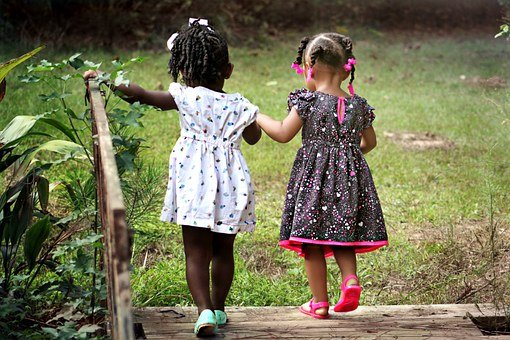 sukieneczki dla dziewczynek wizytowe